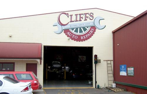 Cliffs Auto Repair Services image