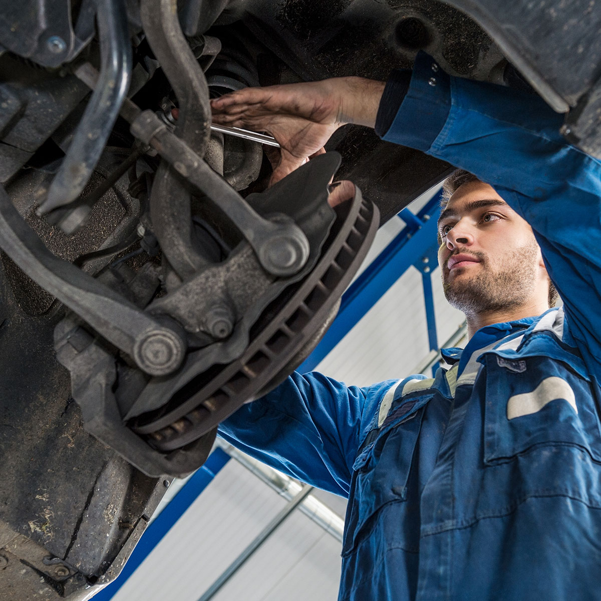 Knocking or clunking noise when driving inspection costs