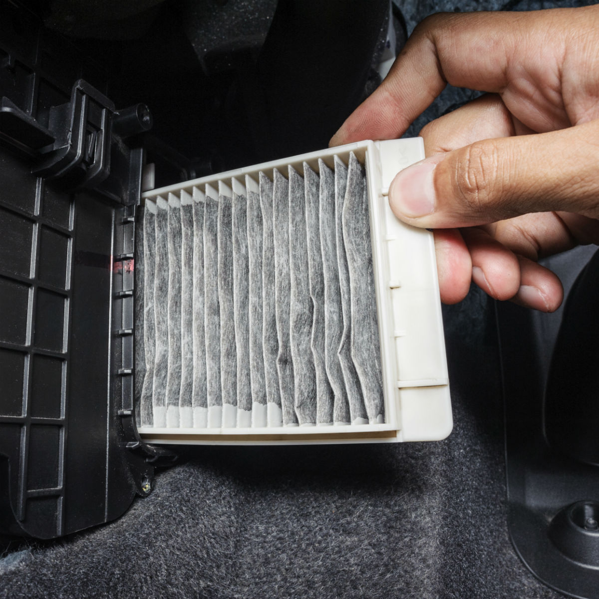 How To Replace Cabin Air Filter 2015 Chrysler 200 T