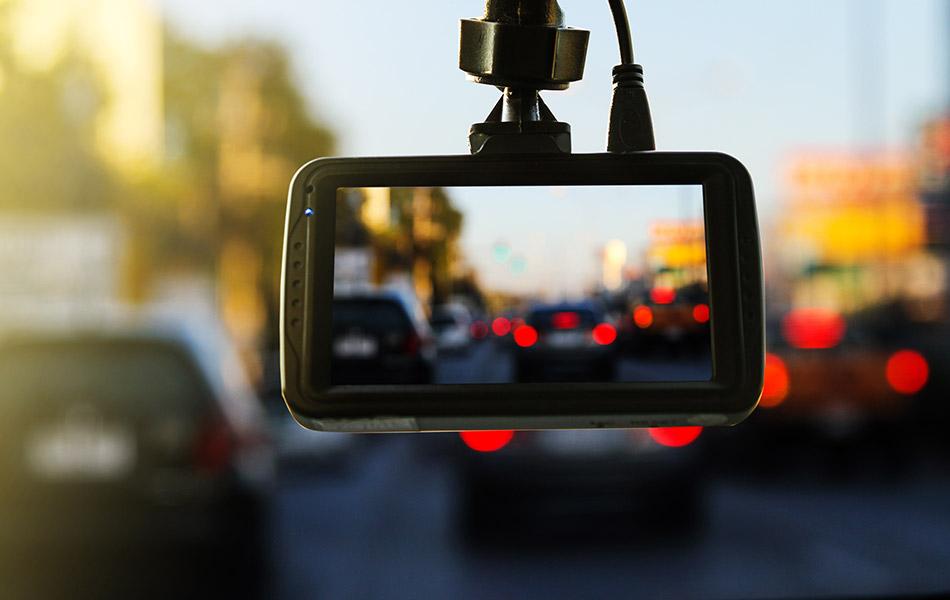 dash camera mounted in car